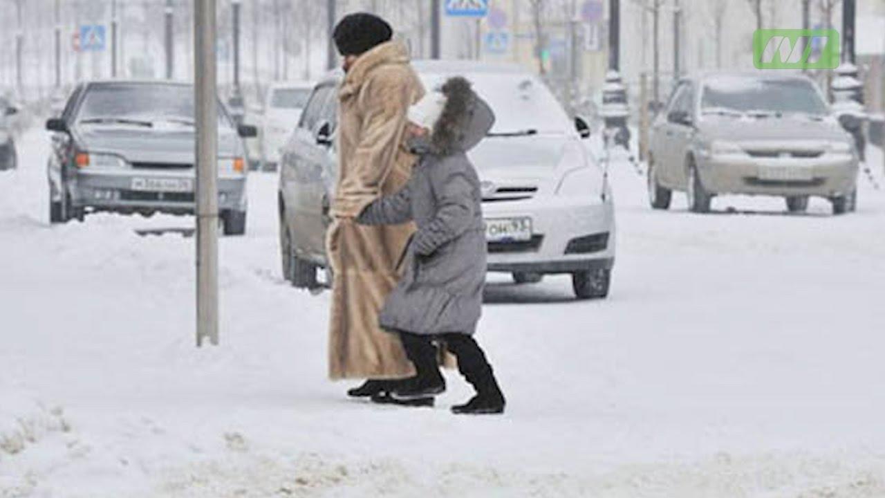 Опасности на пешеходном переходе зимой
